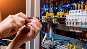 Electrical service in UAE - Helpire